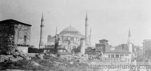 Exterior view of Hagia Sophia in 1910-2