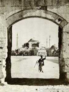 Hagia Sophia in1932